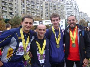 Smart Atletic Bloggers Team_Maratonul Bucuresti 2011